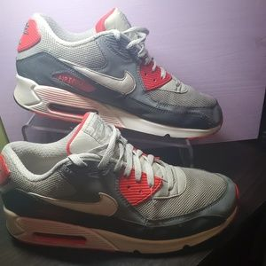 Nike AIR MAX 90 ESSENTIAL Sneaker 537384-011 13